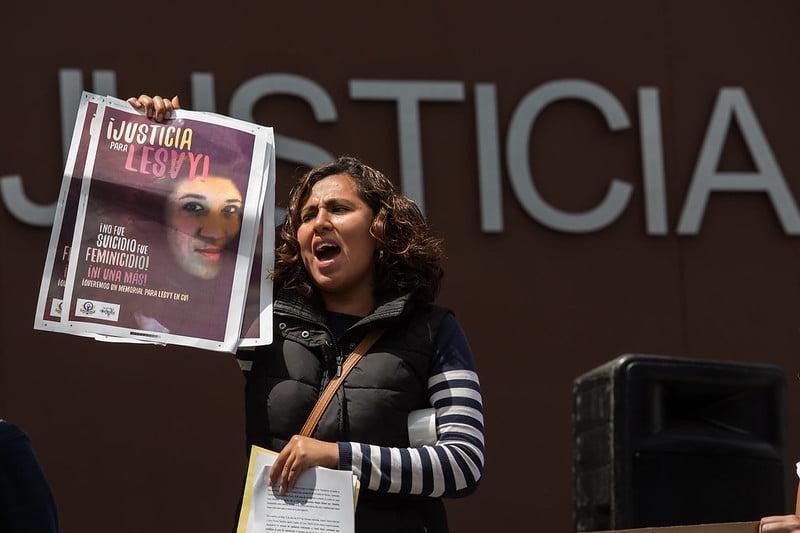 Familiares de Lesvy, víctima de feminicidio, se manifestaron frente al Tribunal Superior de Justicia de la CDMX