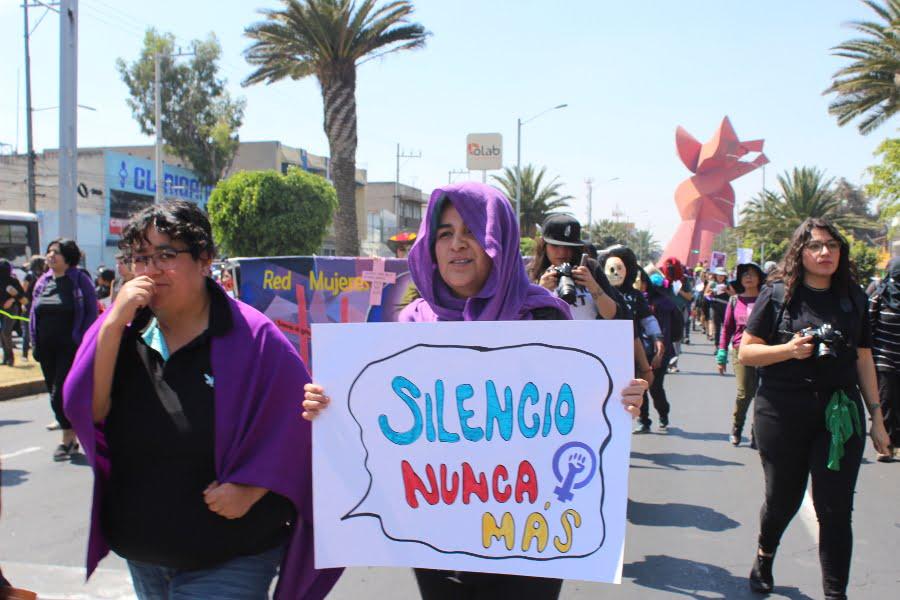 Madre de Zayra pide a autoridades no abandonar la búsqueda de su hija, desaparecida hace un año