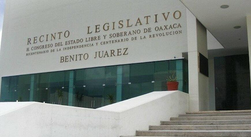 Para limpiar su error, congreso de Oaxaca pide a la SCJN atraiga caso de jueza que exige paridad en el TSJ